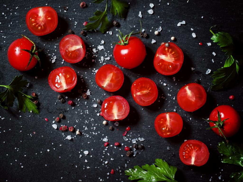 Tomato, vegetables, kitchen, 1024x768 wallpaper