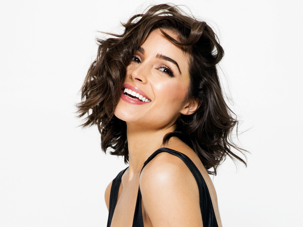 Desktop Wallpaper Short Hair Olivia Culpo Smile Celebrity 2018 Hd Image Picture Background 488f0e