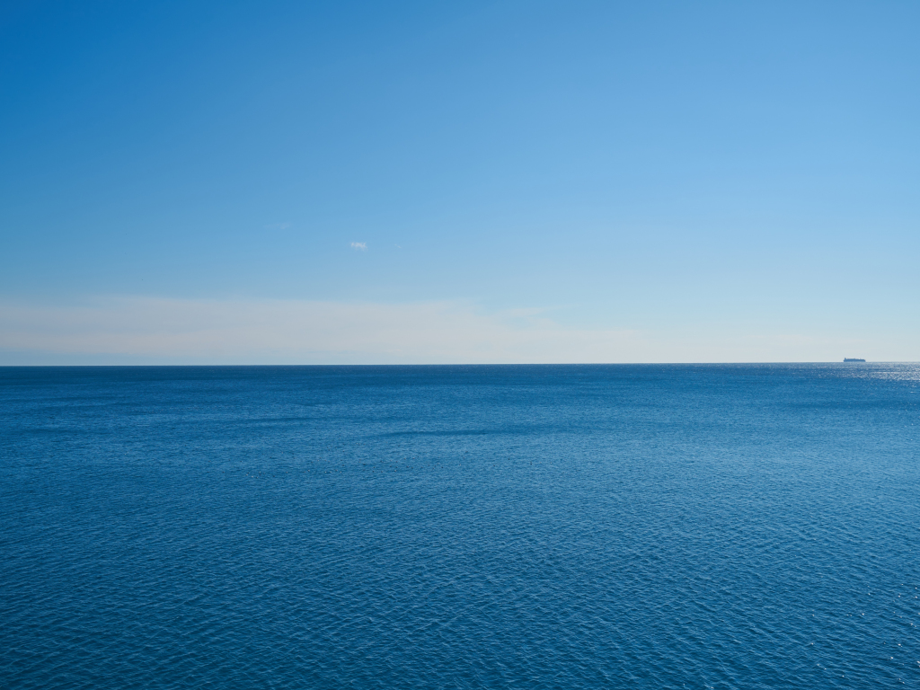 Deep, blue sea, nature, 1024x768 wallpaper