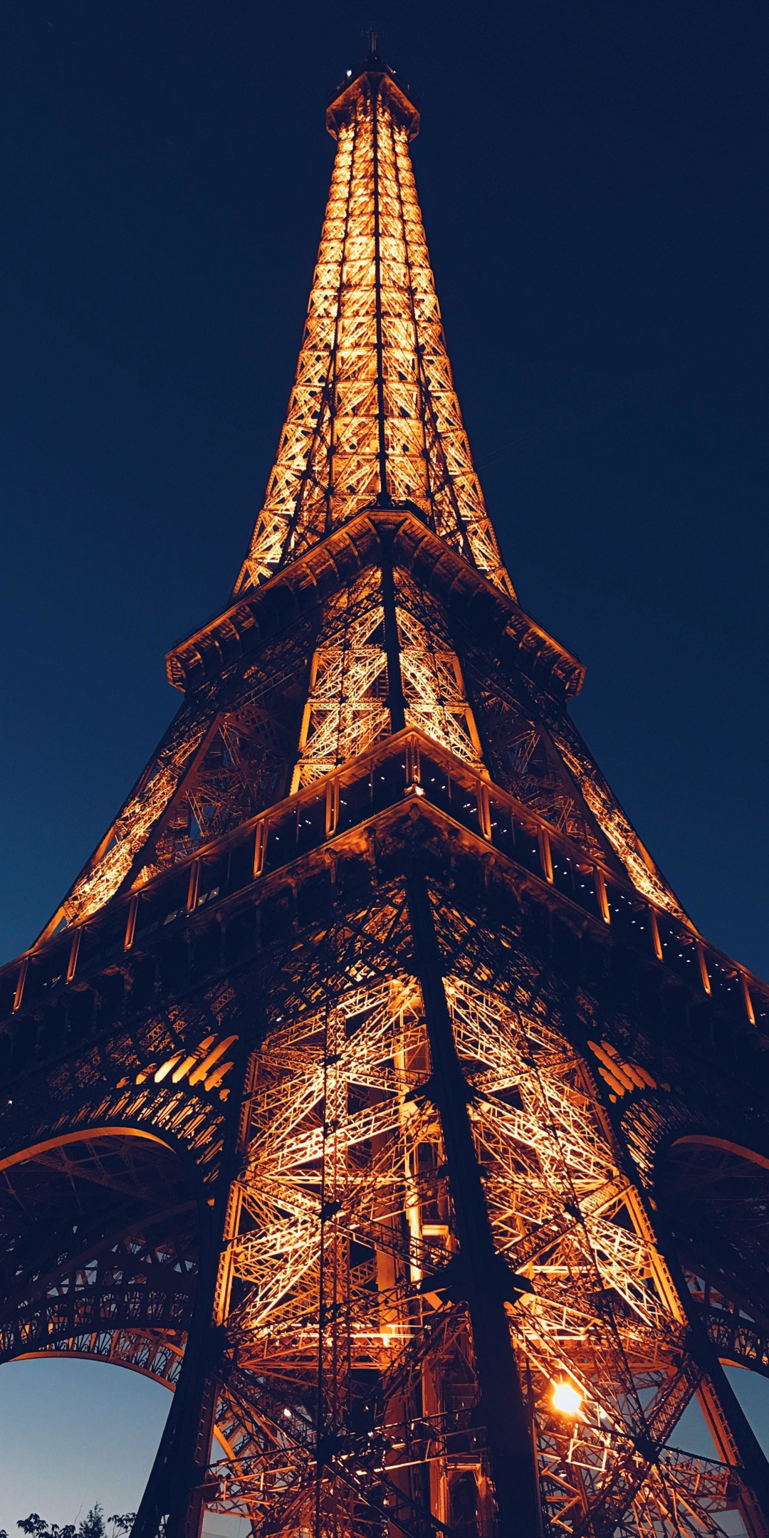 Download 1080x2160 Wallpaper Eiffel Tower City Paris Night Architecture Honor 7x Honor 9 Lite Honor View 10 Hd Image Background 18369