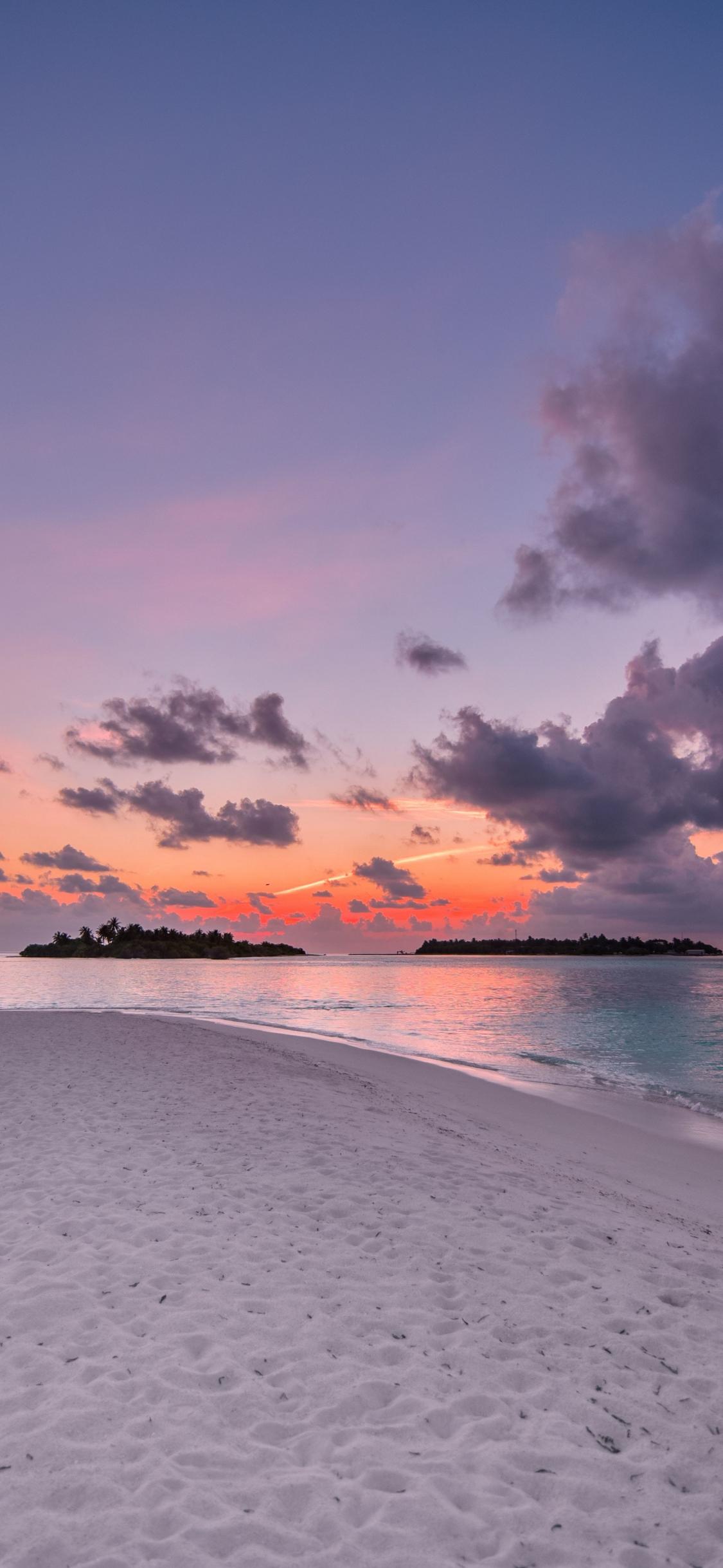 Download 1125x2436 Wallpaper Beach Island Sunset Clouds