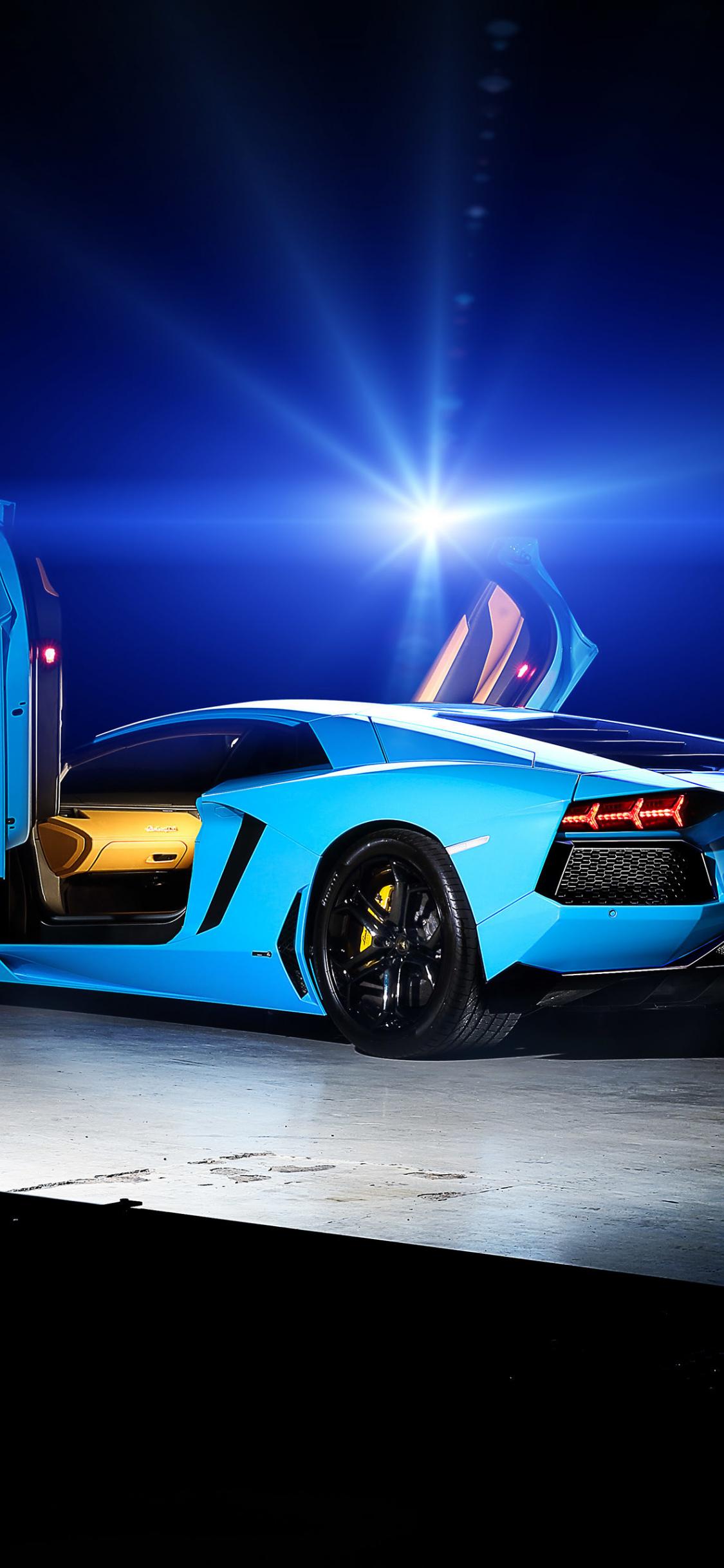Download 1125x2436 Wallpaper Blue Sports Car Lamborghini Aventador