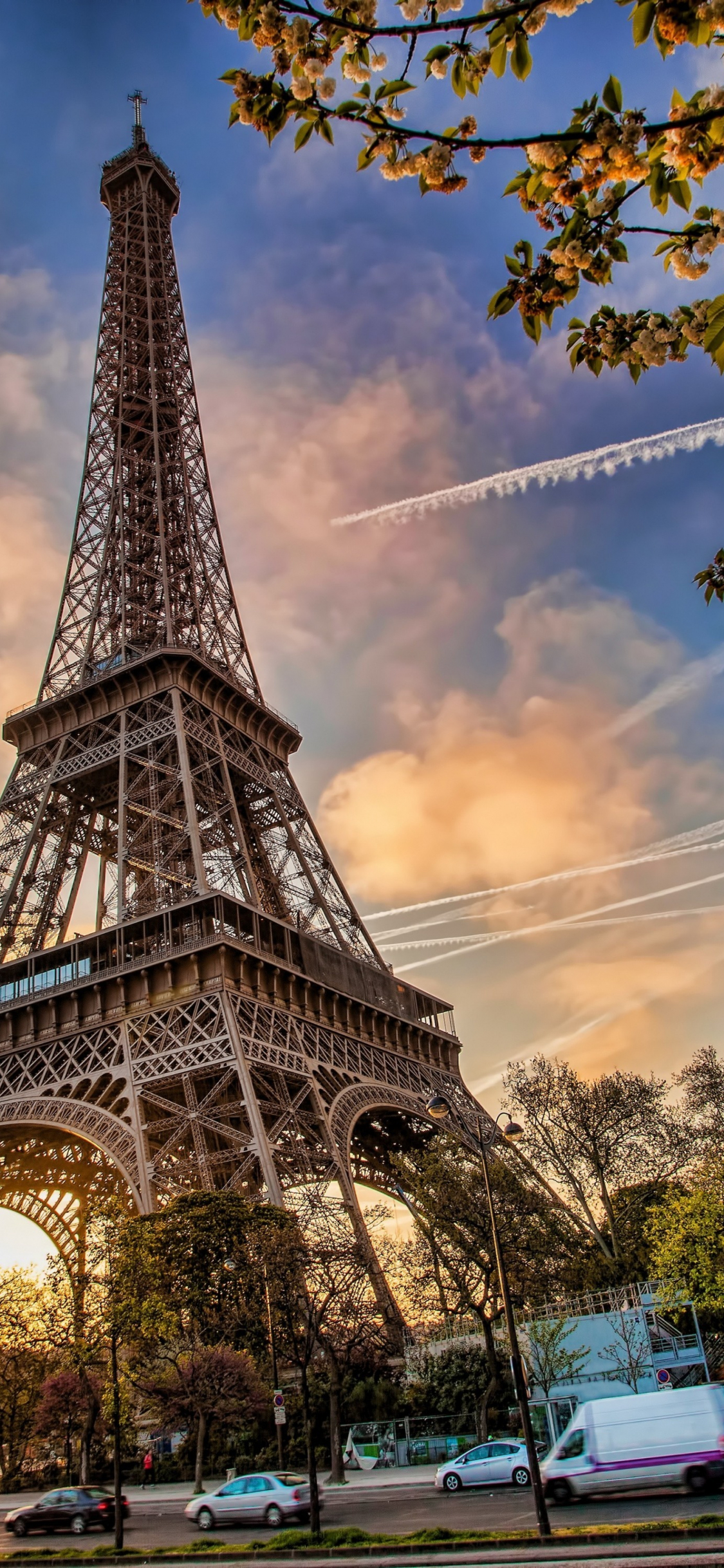 Download 1125x2436 Wallpaper Eiffel Tower Architecture