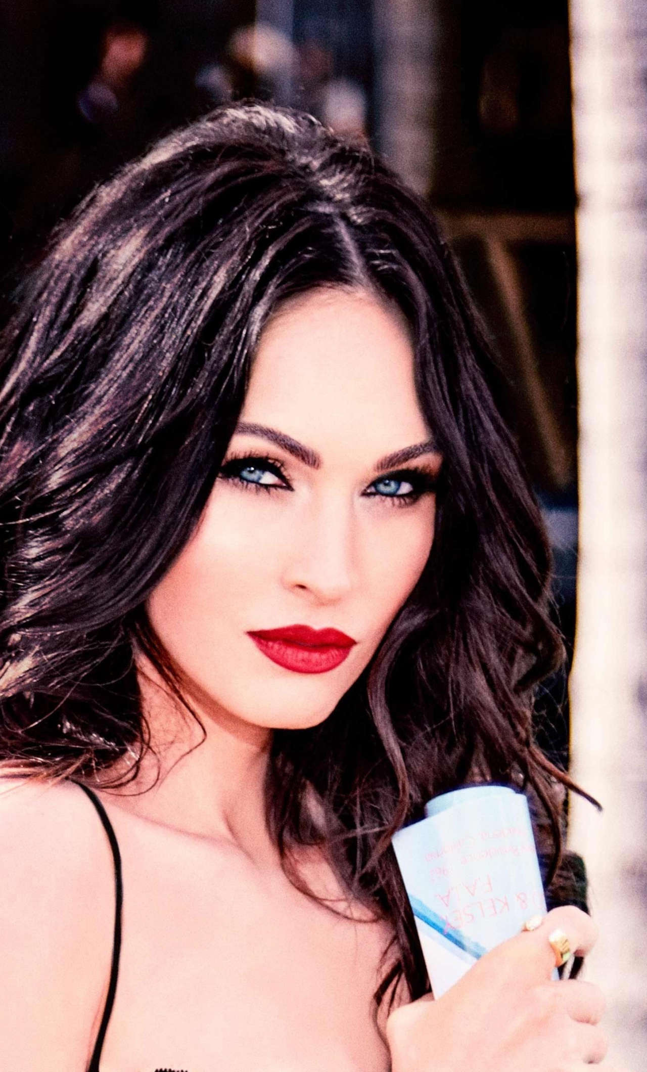 Download 1280x2120 Wallpaper Megan Fox Red Lips Actress Pretty 2019 Iphone 6 Plus 1280x2120 Hd Image Background 18442