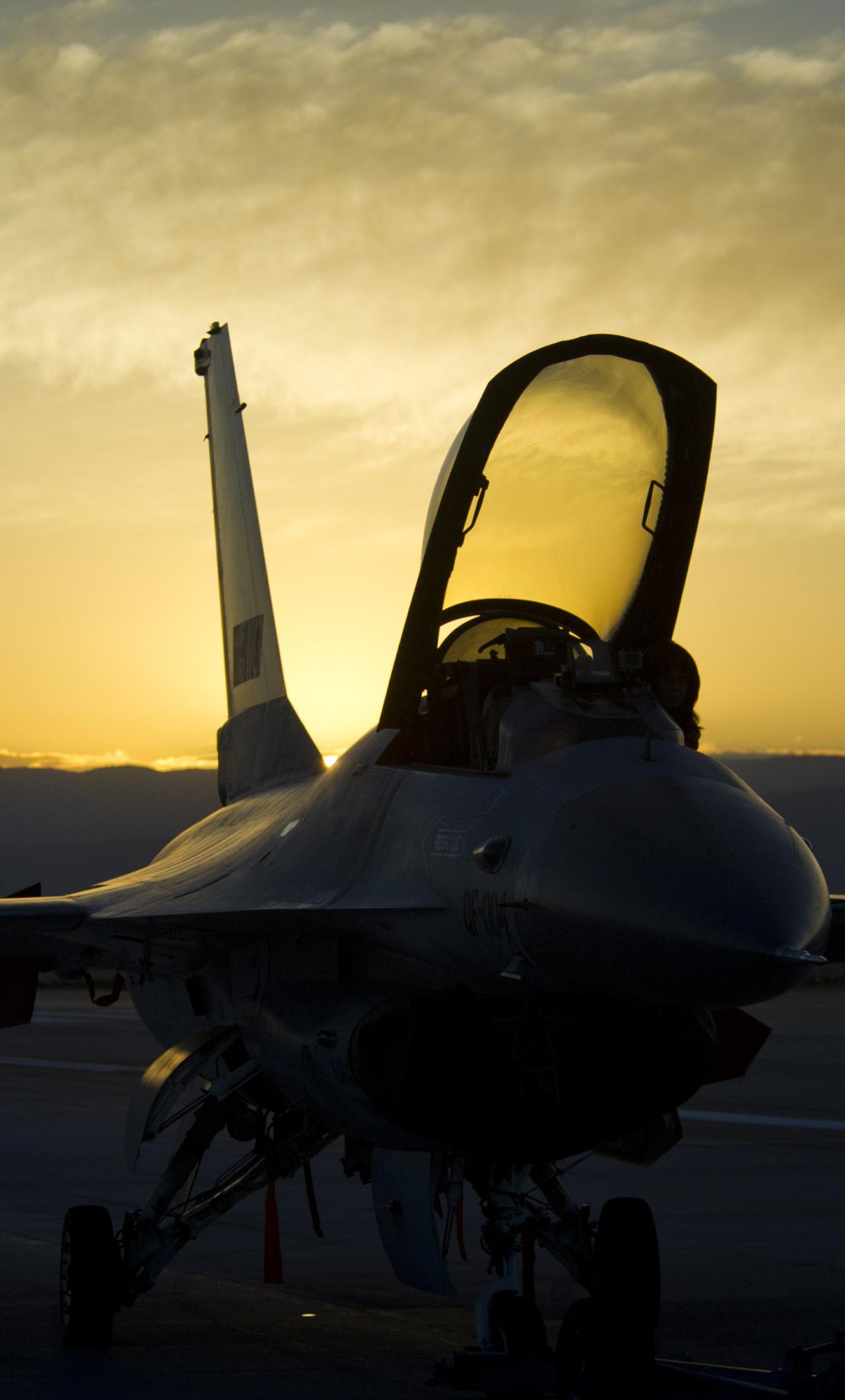 Download 21x21 wallpaper sunset, military, general dynamics f ...