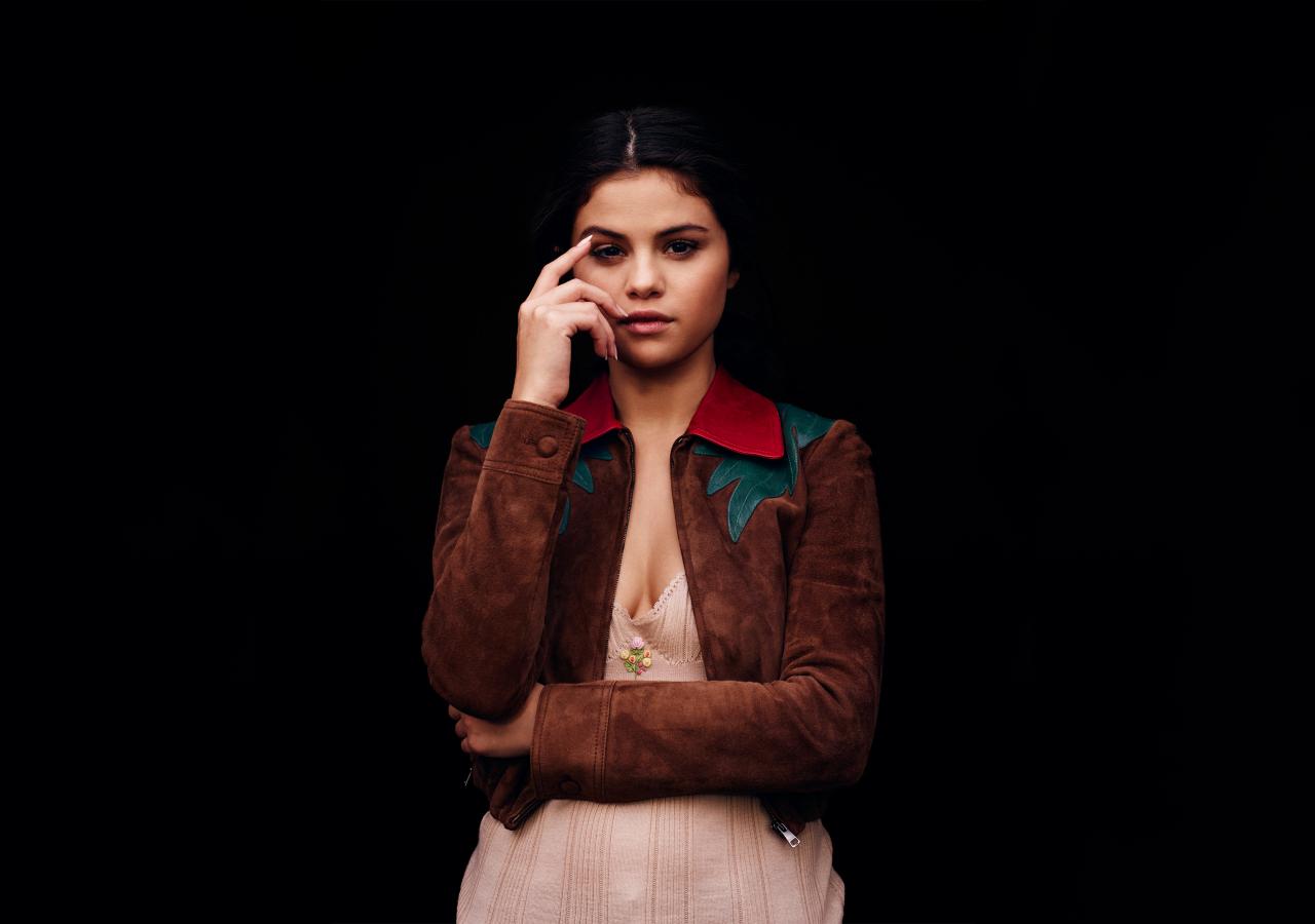 Download 1280x900 Wallpaper Selena Gomez Instyle 2017