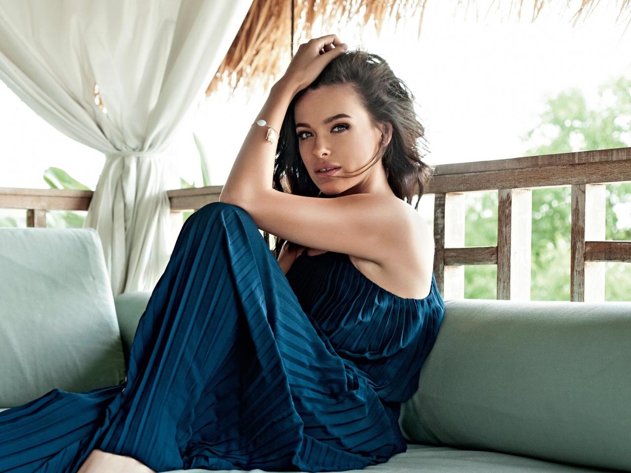 Beautiful, Elena Temnikova, singer, 1280x960 wallpaper