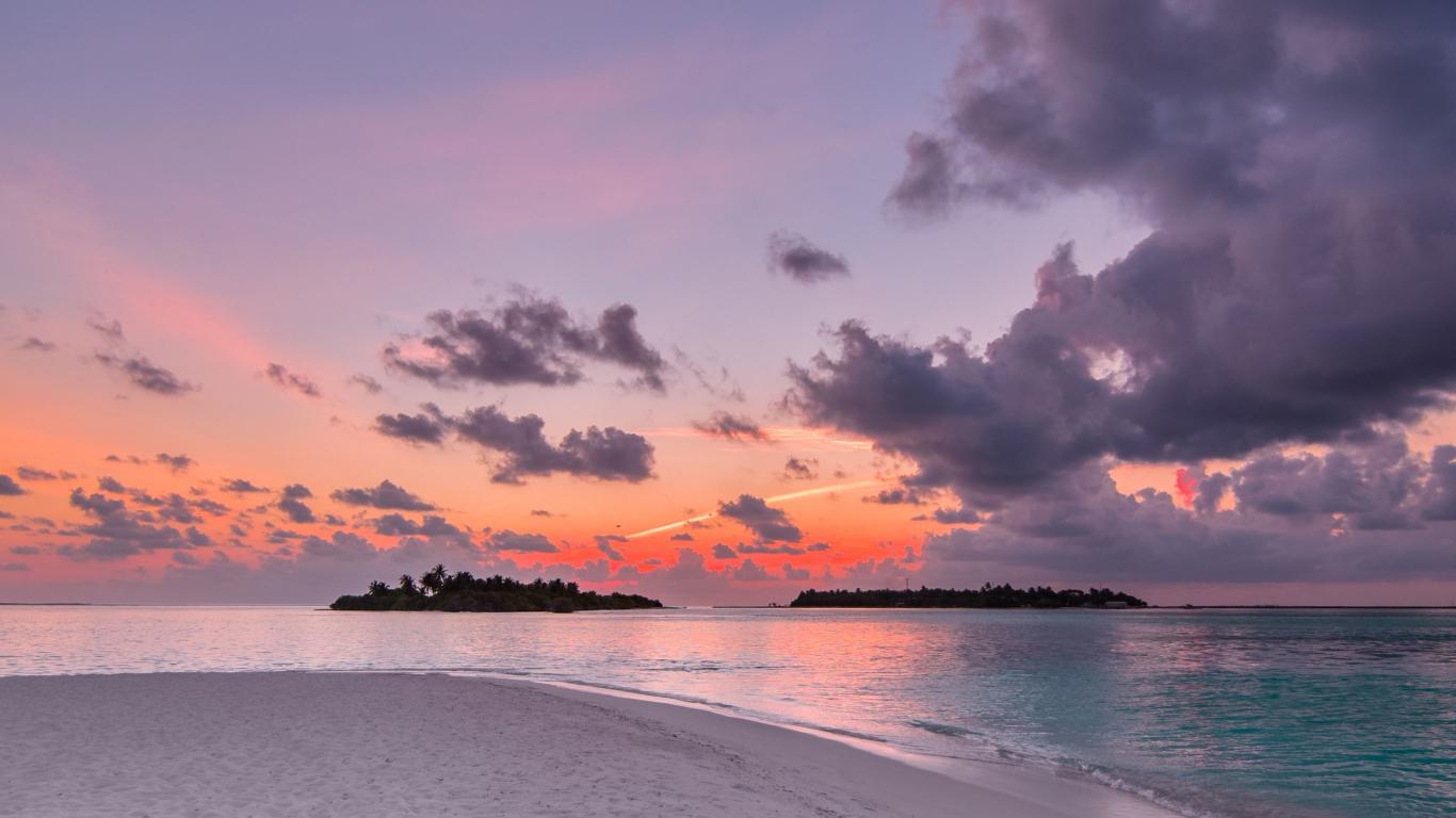 Download 1366x768 Wallpaper Beach Island Sunset Clouds