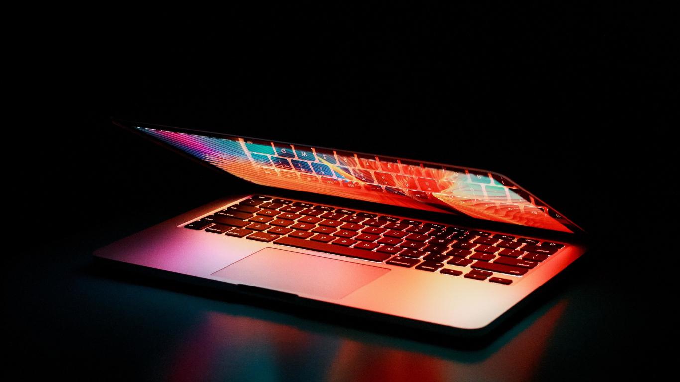 Download Wallpaper Laptop Colorful Screen Dark