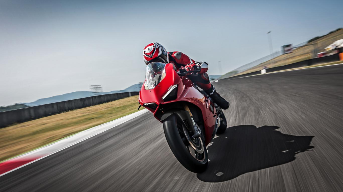 Ducati panigale v4, speciale, 2018, racing bike, 1366x768 wallpaper