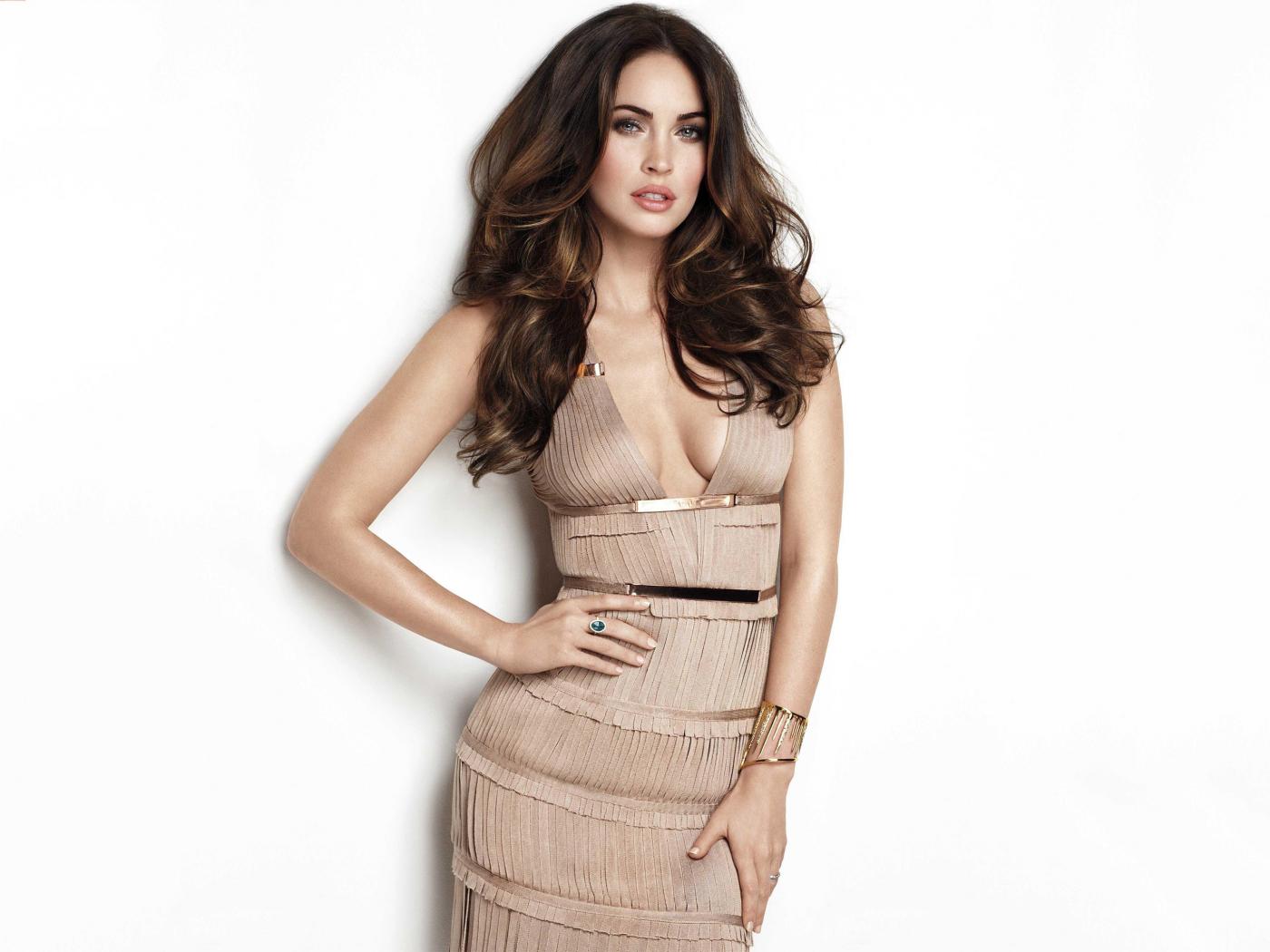 Megan fox, hot model, actress, celebrity, 1400x1050 wallpaper