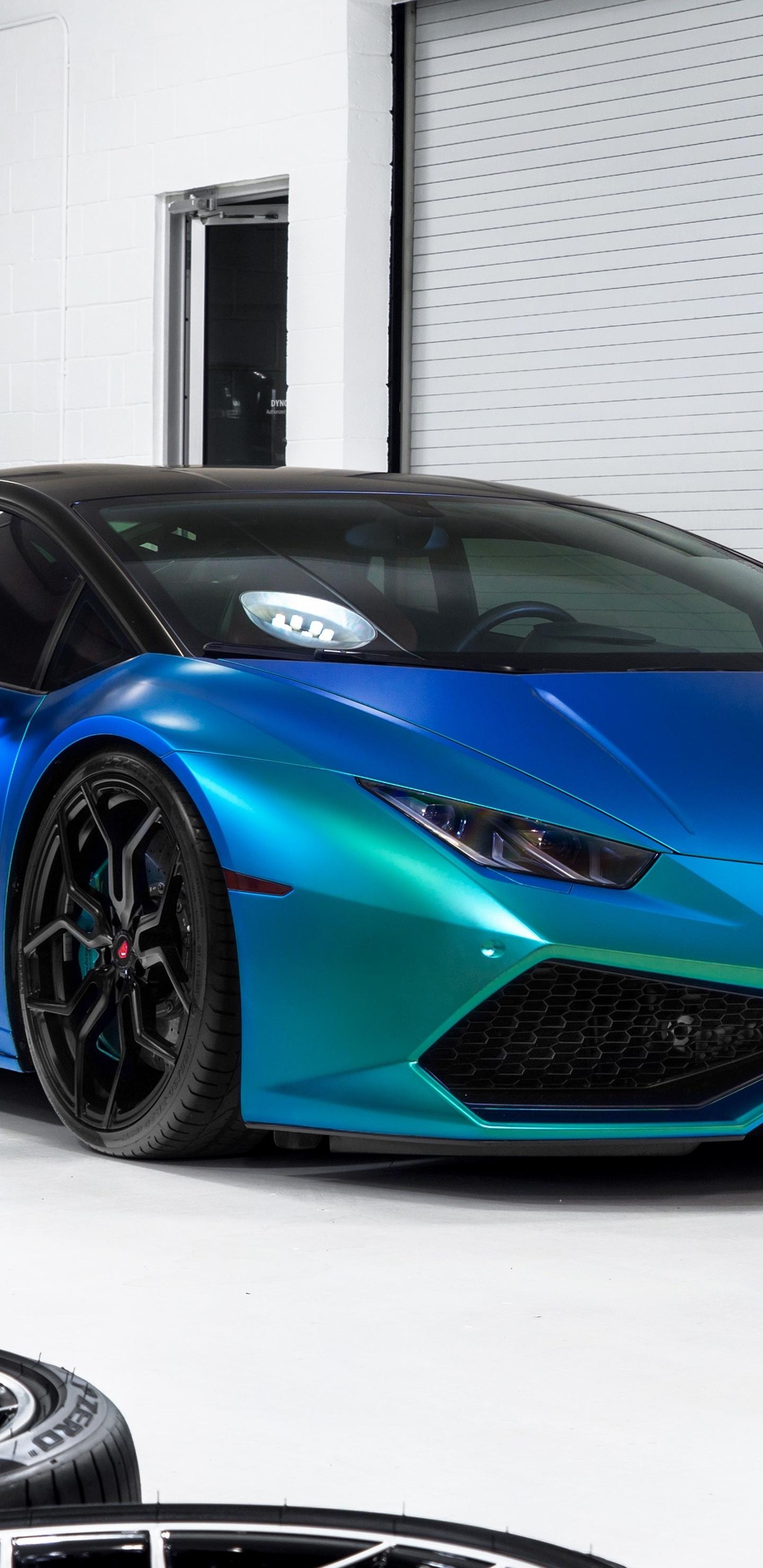 Download 1440x2960 Wallpaper Blue Lamborghini Huracan Showroom