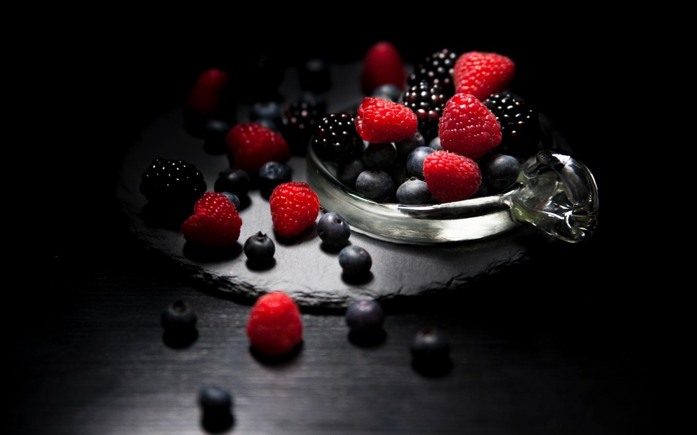 Dark mood, food, fruits, Raspberry, blueberry, Blackberry, 1440x900 wallpaper