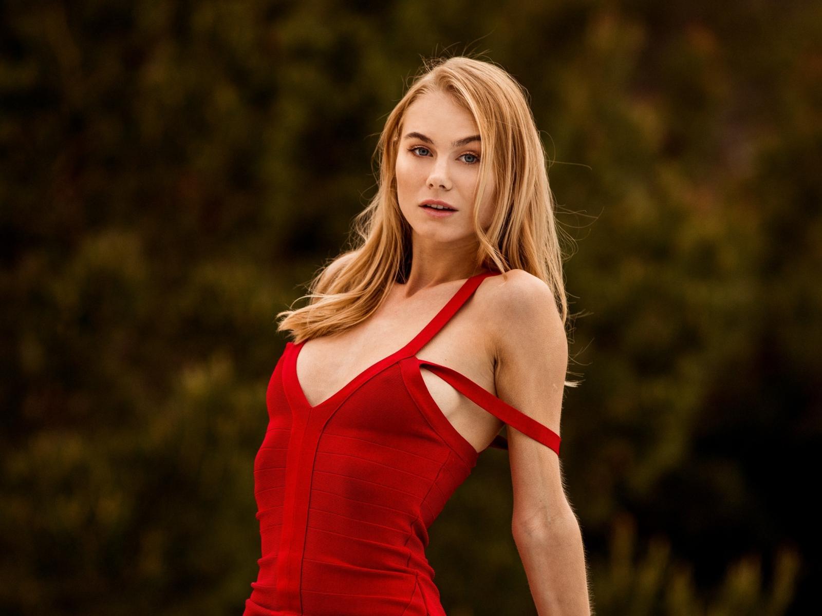 Classify Ukrainian erotic model Nancy A