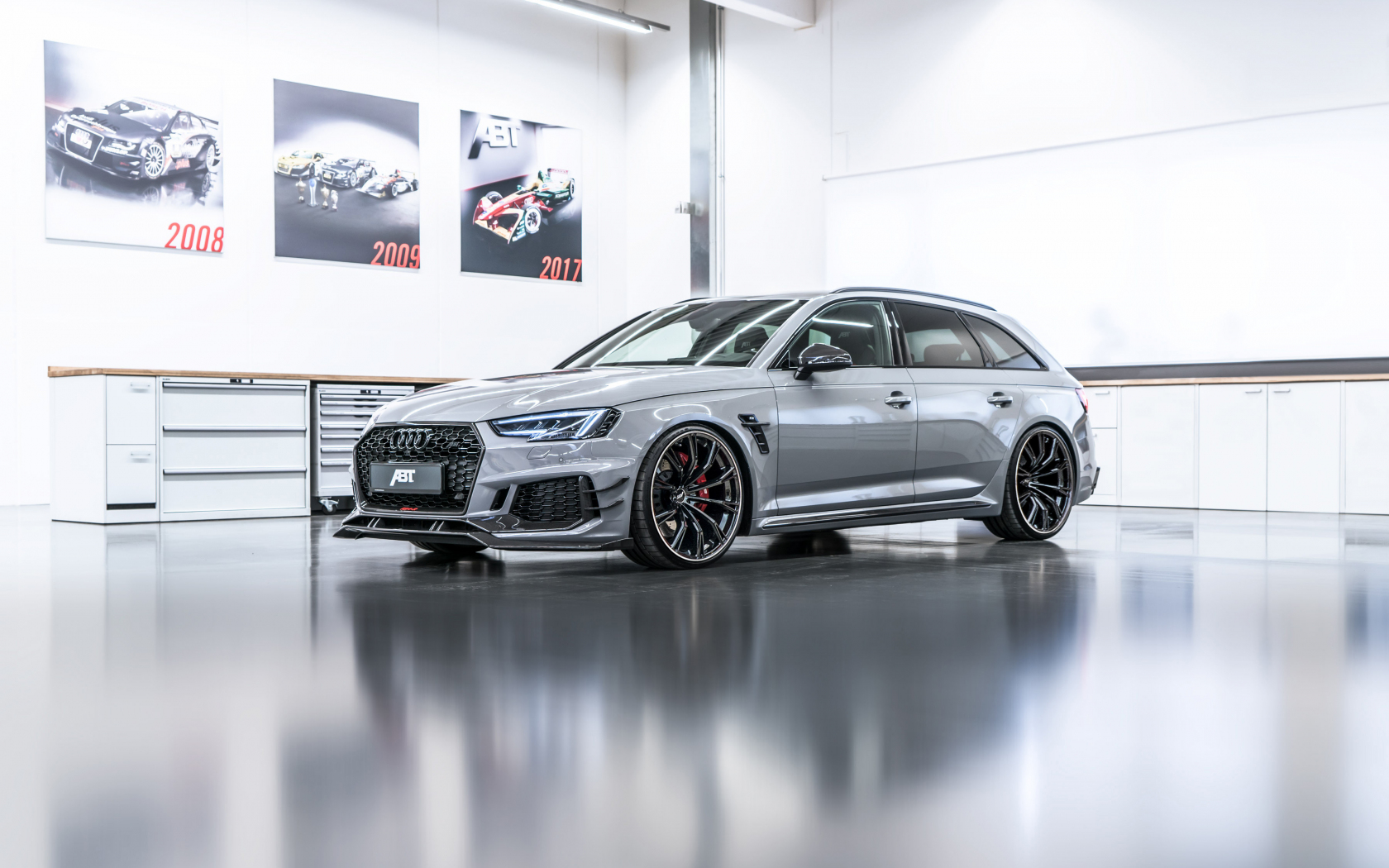 10 Audi Rs4 Avant Wallpapers Wallworld