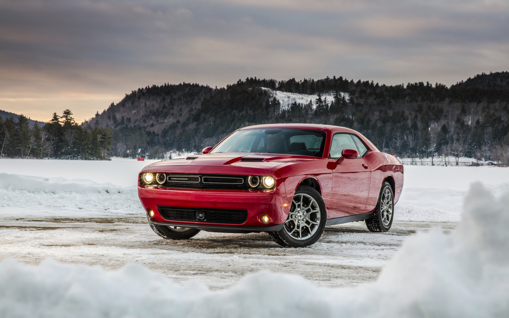 Dodge challenger, red muscle car, 1680x1050 wallpaper