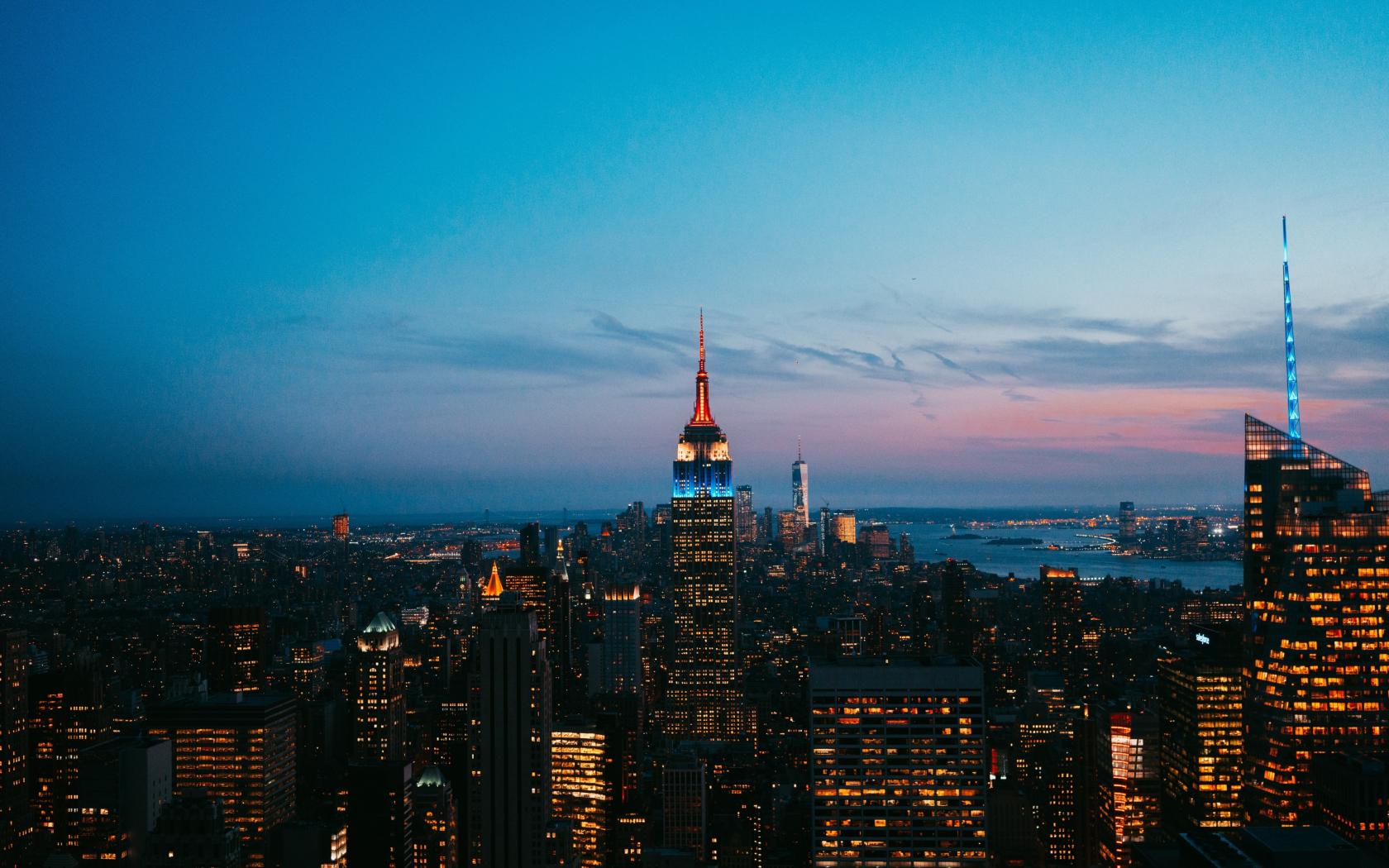 New york skyscrapers night city
