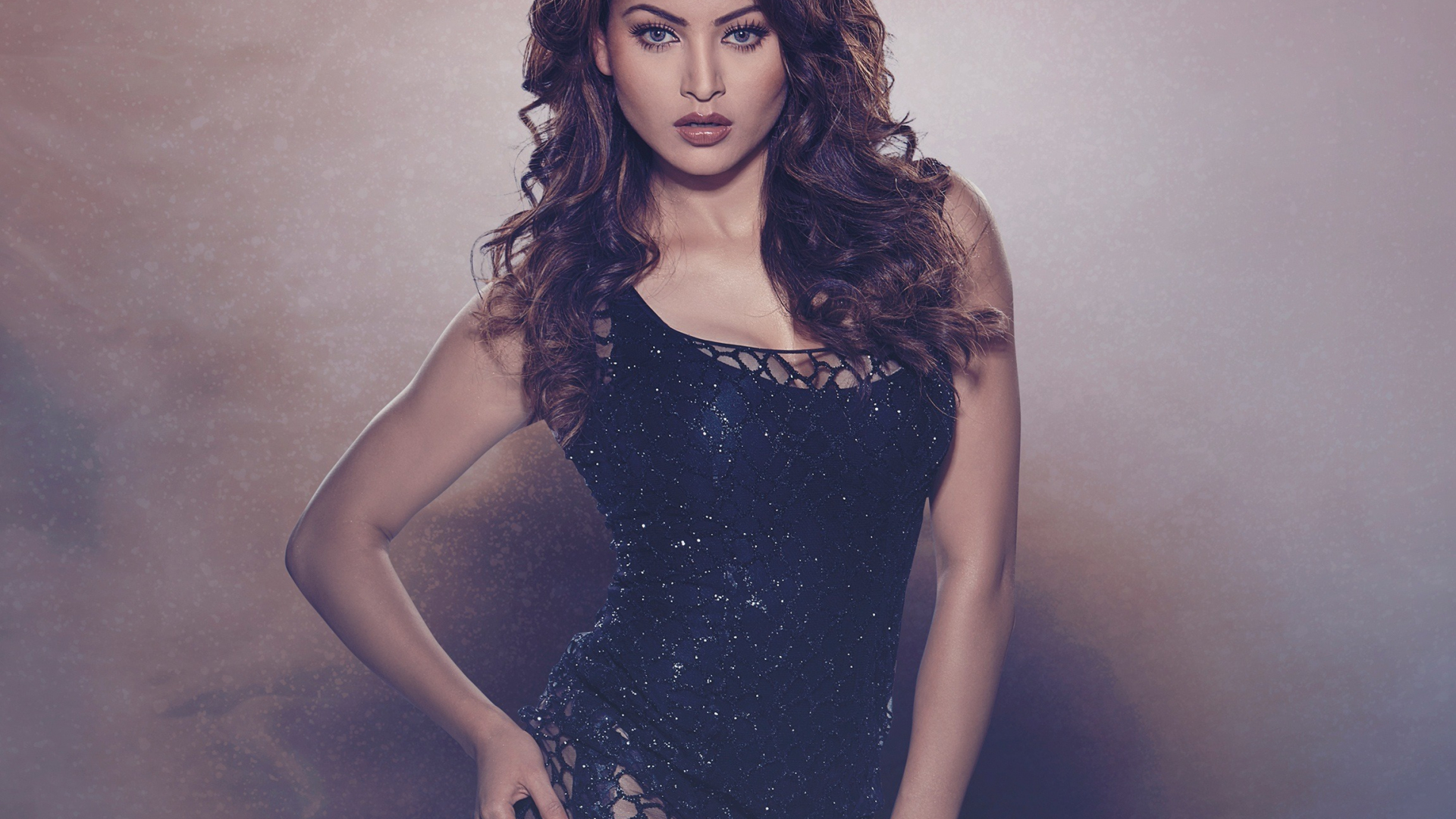 Download 1920x1080 Wallpaper Urvashi Rautela Hate Story 4 Actress