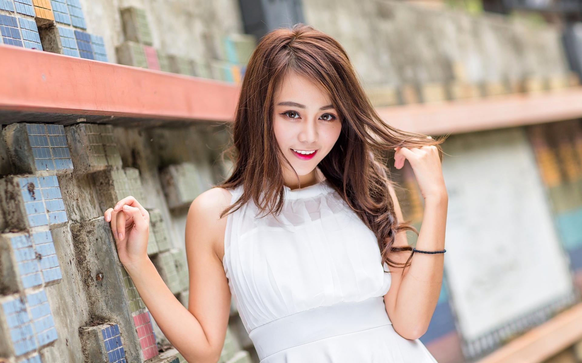 chunky-asian-girl-cum-mature-movie