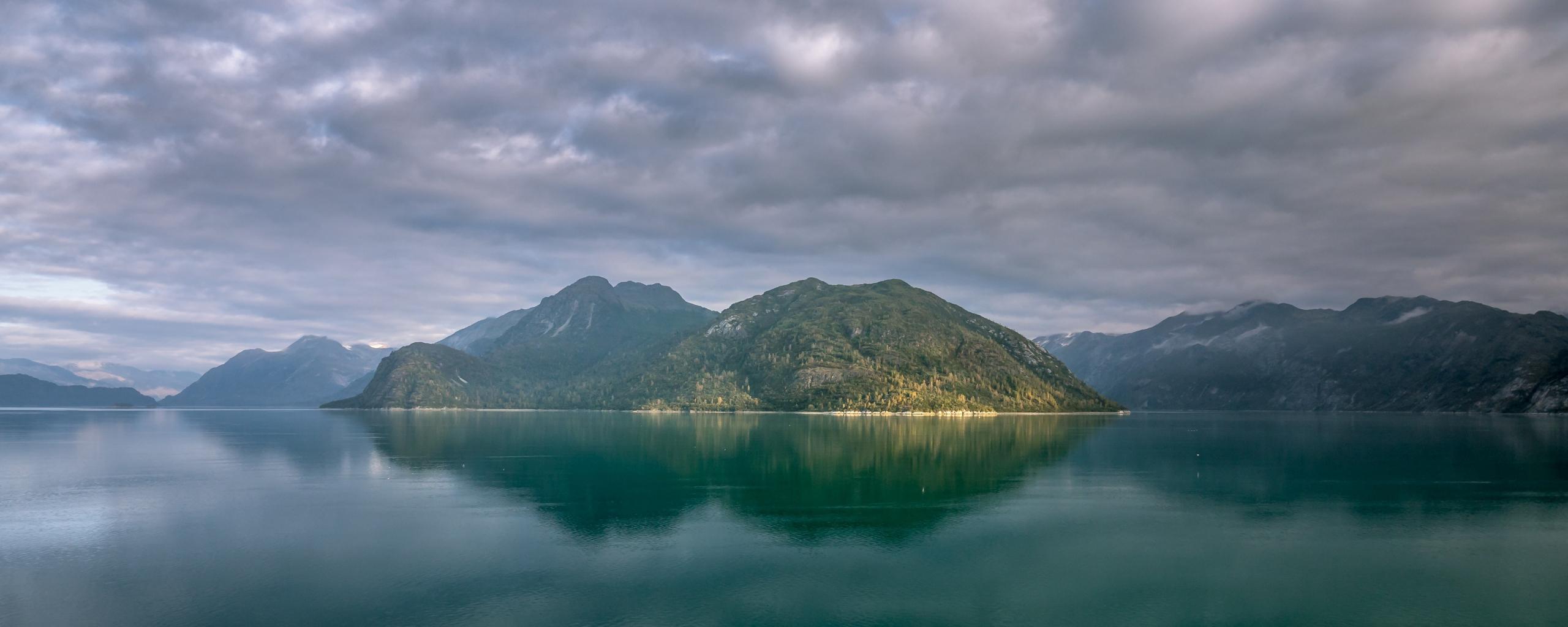 Alaska mountains, lake, clouds, 2560x1024 wallpaper