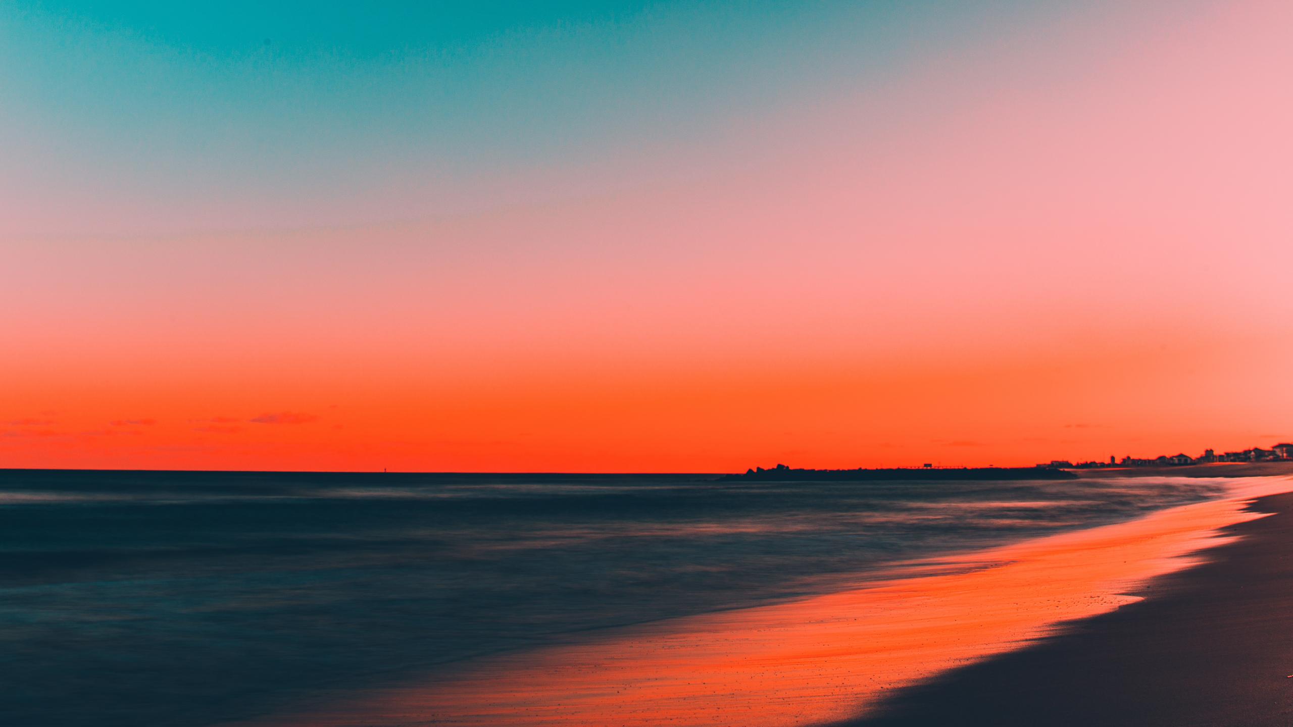 Download 2560x1440 Wallpaper Beach Clean Sky Skyline