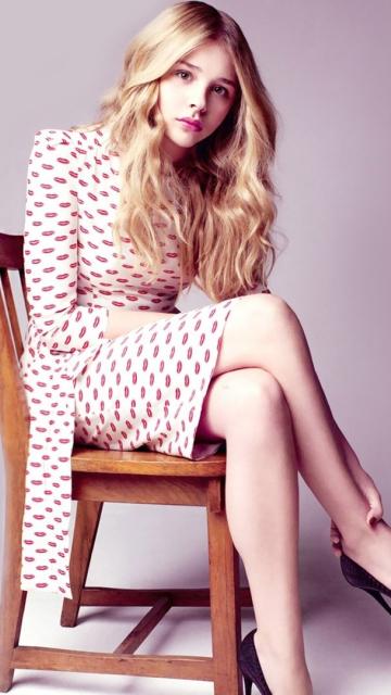 Chloe Grace Moretz, sit, celebrity, 360x640 wallpaper