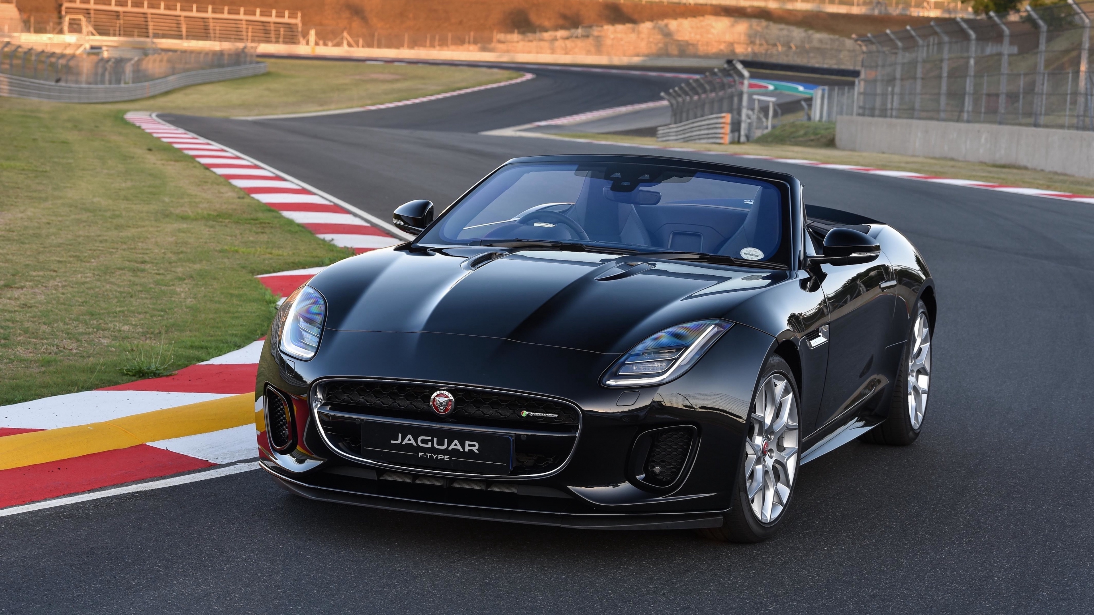 Download 3840x2160 Wallpaper Sports Convertible Car Jaguar