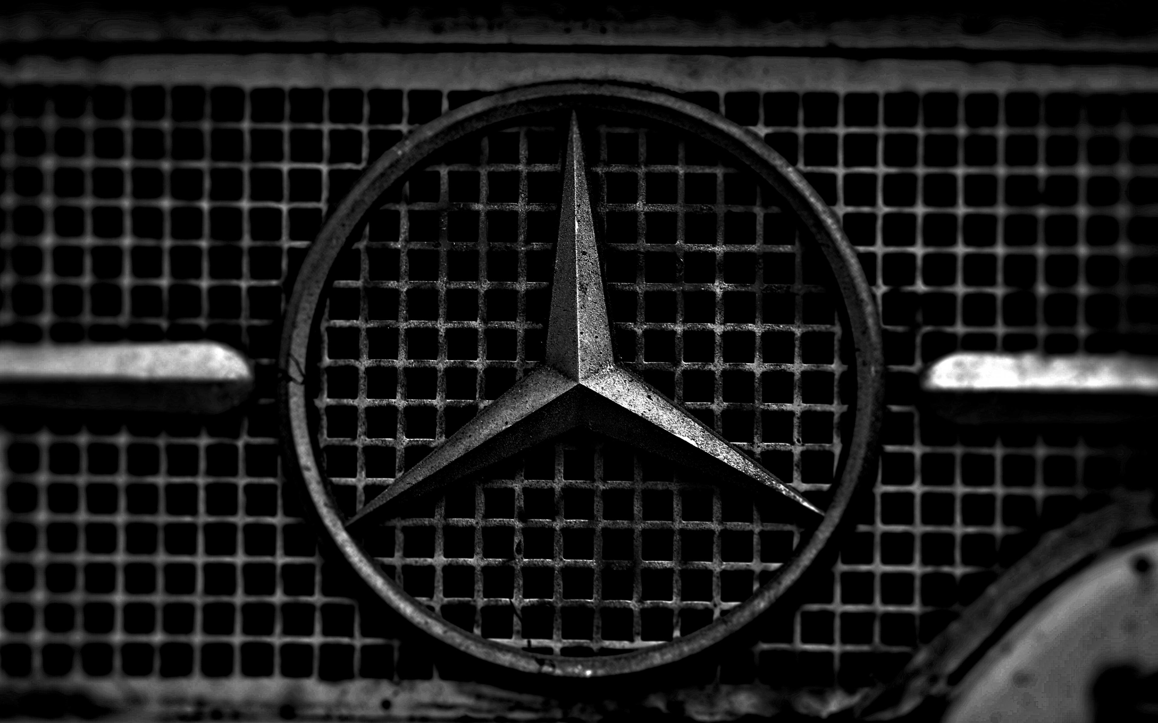 Download 3840x2400 Wallpaper Old Car Mercedes Benz Logo 4k Ultra