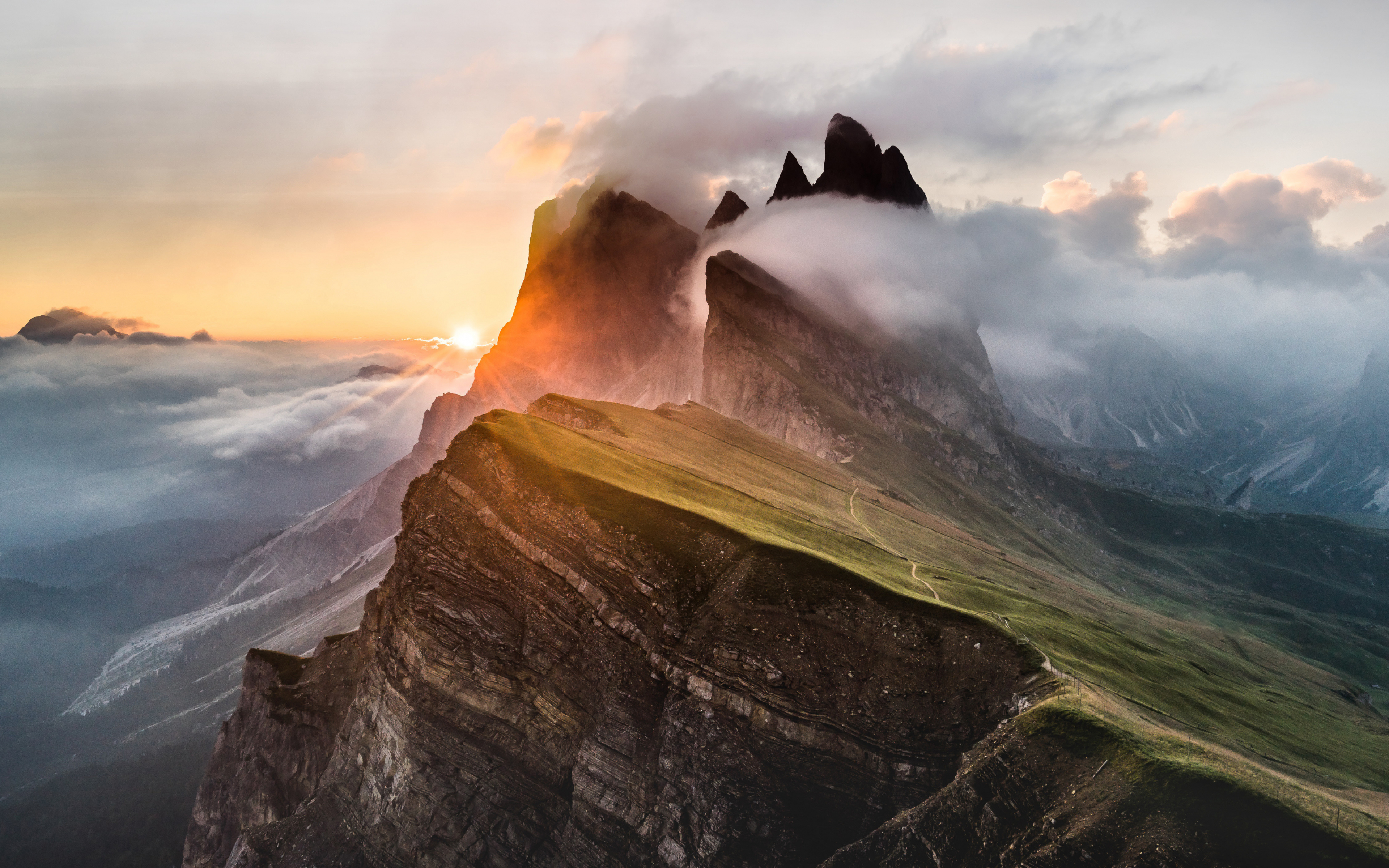 Download 3840x2400 Wallpaper Dolomites Mountains Clouds
