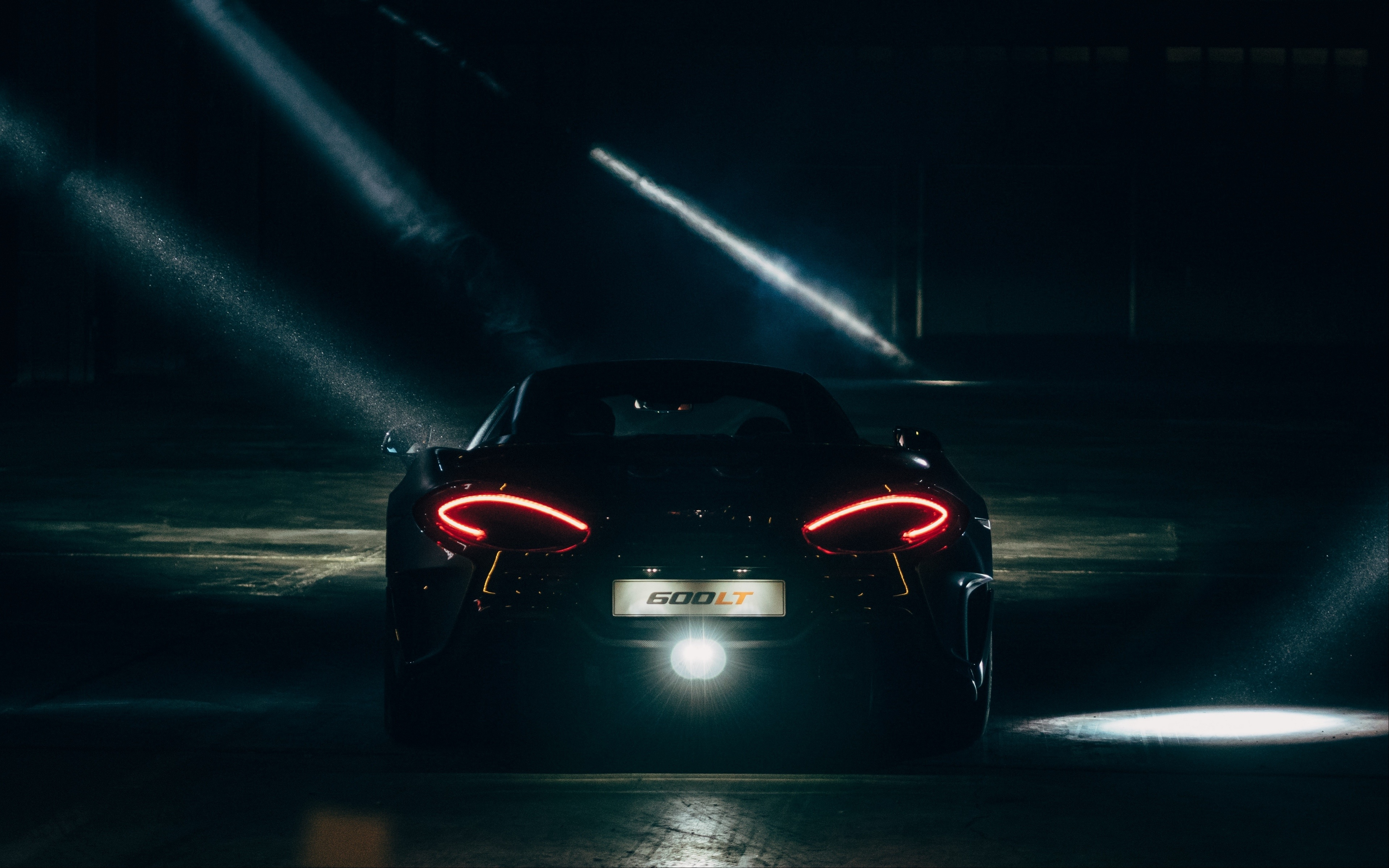 Download 3840x2400 Wallpaper Black Supercar Tail Lights Mclaren 4k Ultra Hd 16 10 Widescreen 3840x2400 Hd Image Background 18147