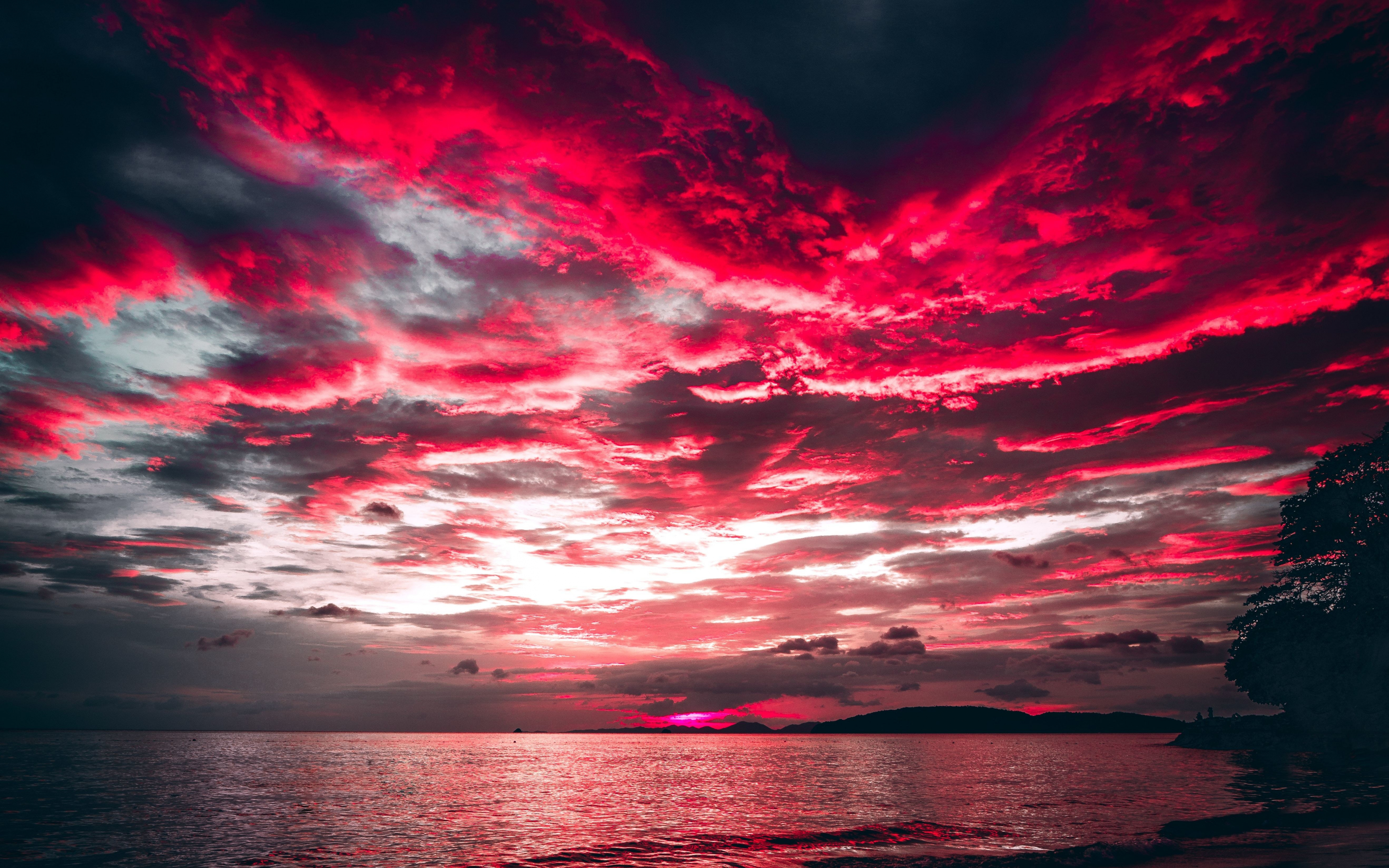 Download 3840x2400 wallpaper sea, sunset, red clouds ...
