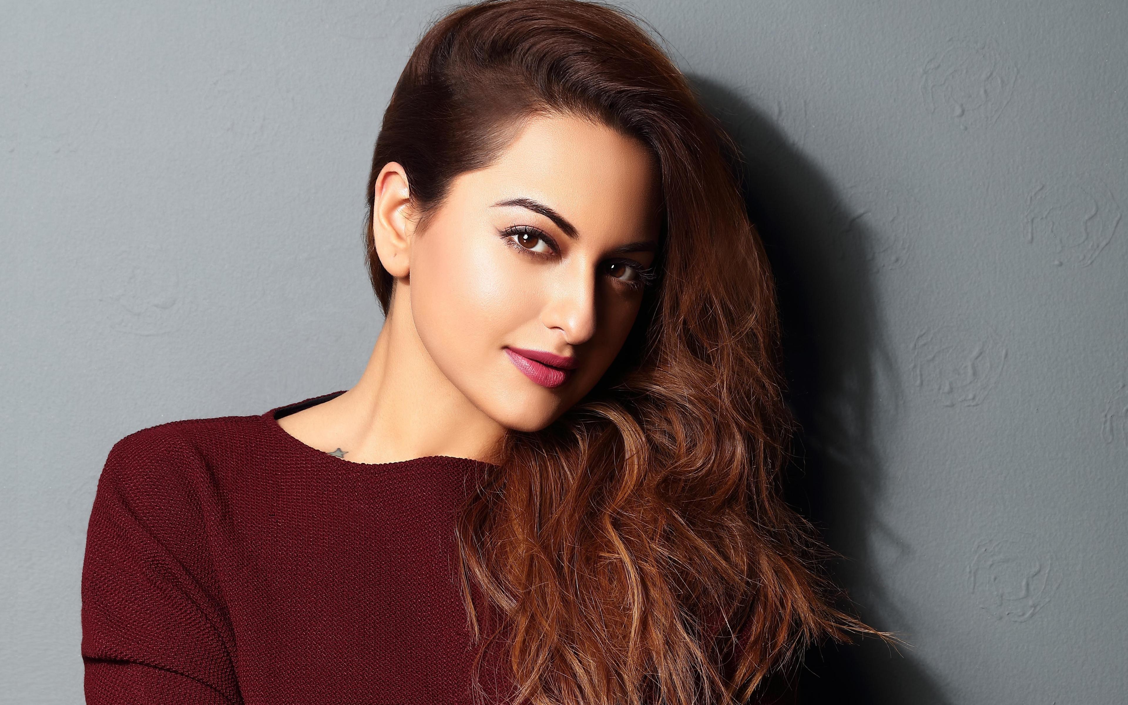 Download 3840x2400 Wallpaper Sonakshi Sinha Bollywood Actress 4k