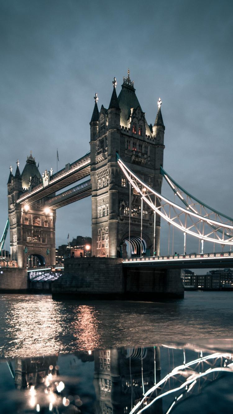 Download 750x1334 Wallpaper London Tower Bridge Night