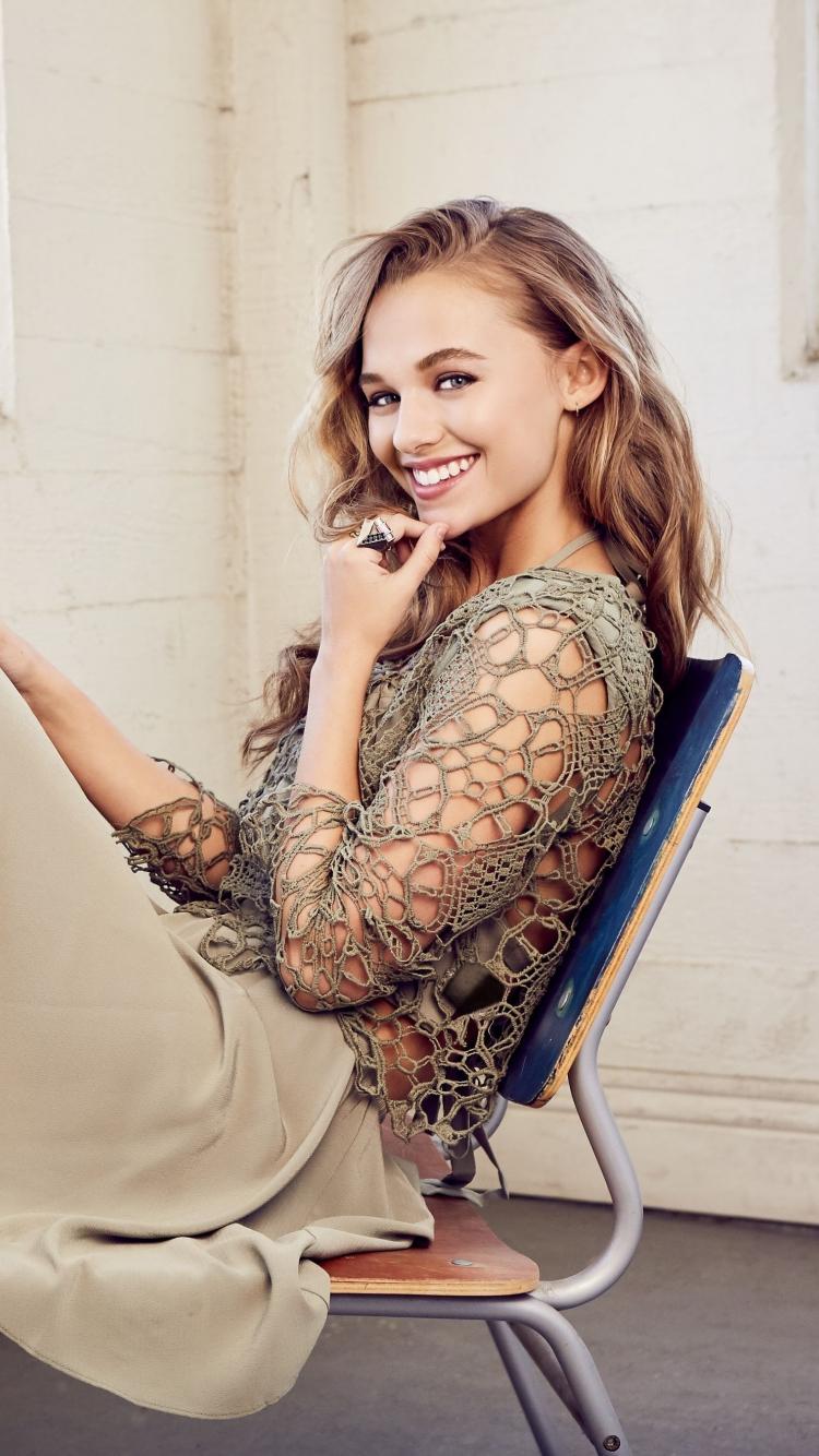 Madison Iseman, actress, smile, 2019, 750x1334 wallpaper