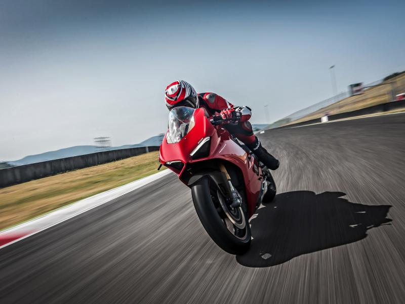 Ducati panigale v4, speciale, 2018, racing bike, 800x600 wallpaper