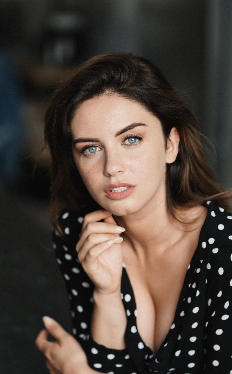blue Brunette eyes with