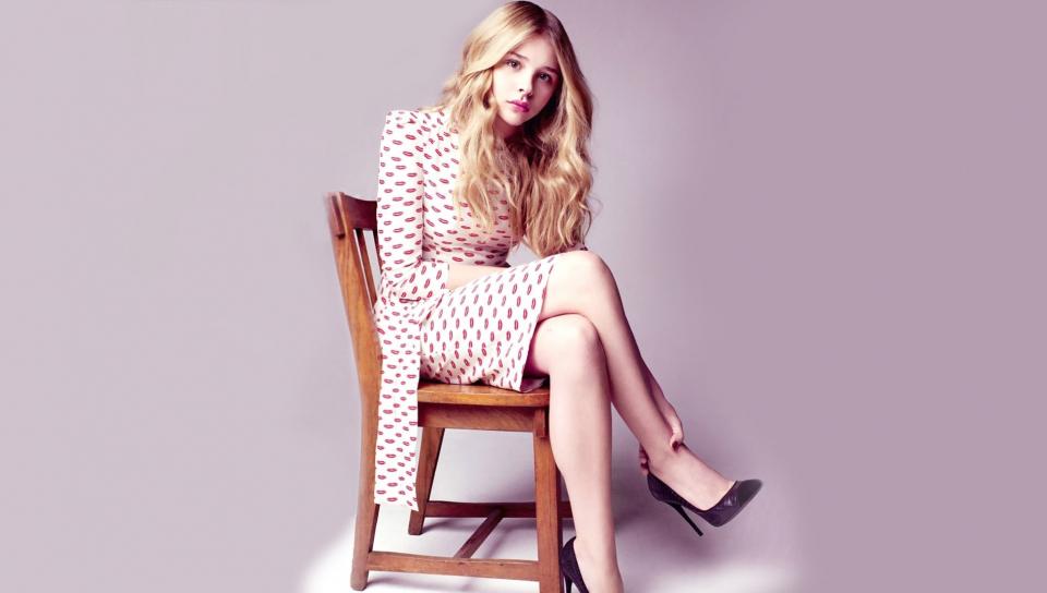 Chloe Grace Moretz, sit, celebrity, 960x544 wallpaper