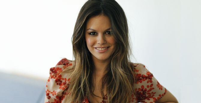 Desktop Wallpaper Smile Brunette Actress Rachel Bilson Hd Image