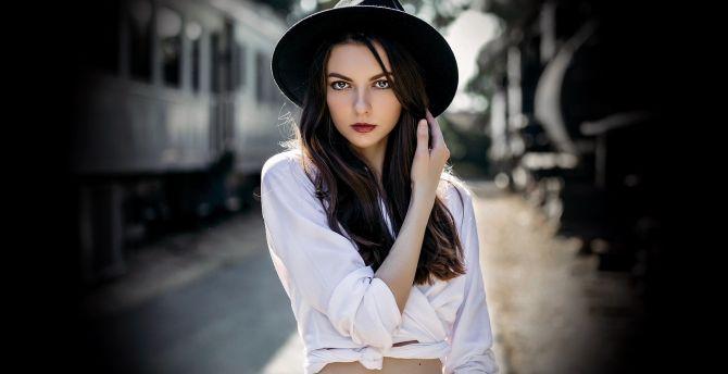 Portrait, woman model, black hat wallpaper