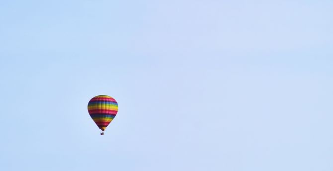 Desktop Wallpaper Blue Sky Hot Air Balloon Minimal Mountains Hd Image Picture Background 4136fc