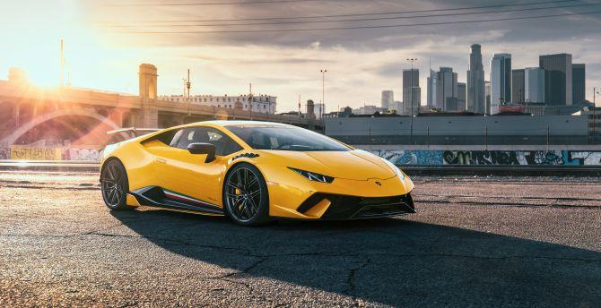Desktop Wallpaper Lamborghini Huracan Yellow Sports Car