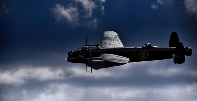 Avro Lancaster, fighter airplane, aircraft, military, sky wallpaper