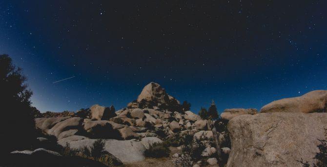 Cliff rocks starry night 5k