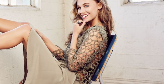 Madison Iseman, actress, smile, 2019 wallpaper