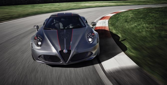 Desktop Wallpaper Alfa Romeo 4c Sports Car Competizione