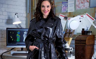 Gal gadot celebrity jacket