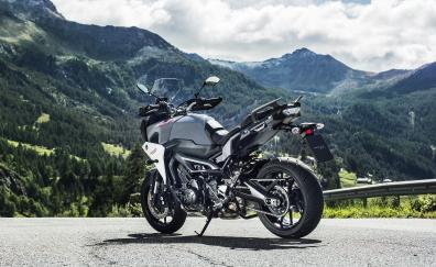 Yamaha tracer 900 2018 rear