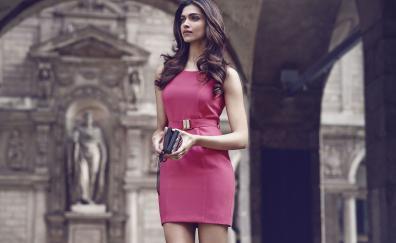 Deepika padukone pink dress bollywood