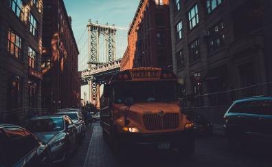 School bus, Manhattan bridge, city new york