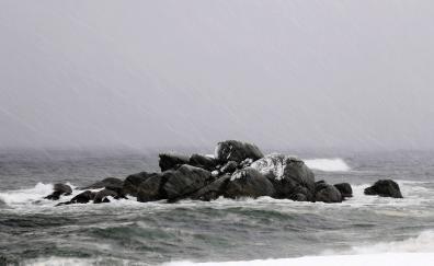 Sea storm rain rocks